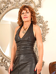 Naughty Anilos Be overthrown teases us beside their way black leather pygmy clothes