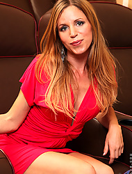 Anilos.com - Freshest mature women on the net featuring Anilos Carly Bell milf mom