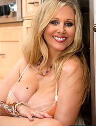 Julia Ann & Alan Stafford in My Friend's Hot Mom - Naughty America