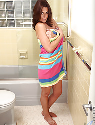 Anilos.com - Freshest mature women on the net featuring Anilos Mimi Moore mature porn