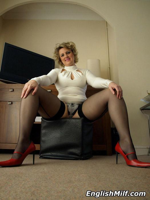 Uk Milf Seamed Stockings
